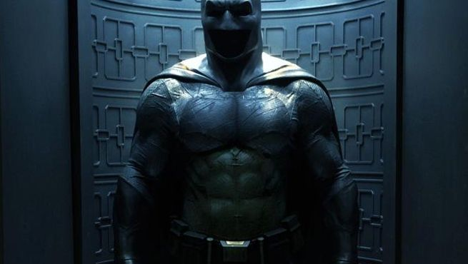 Batman V. Superman Director Shares New Batman Costume