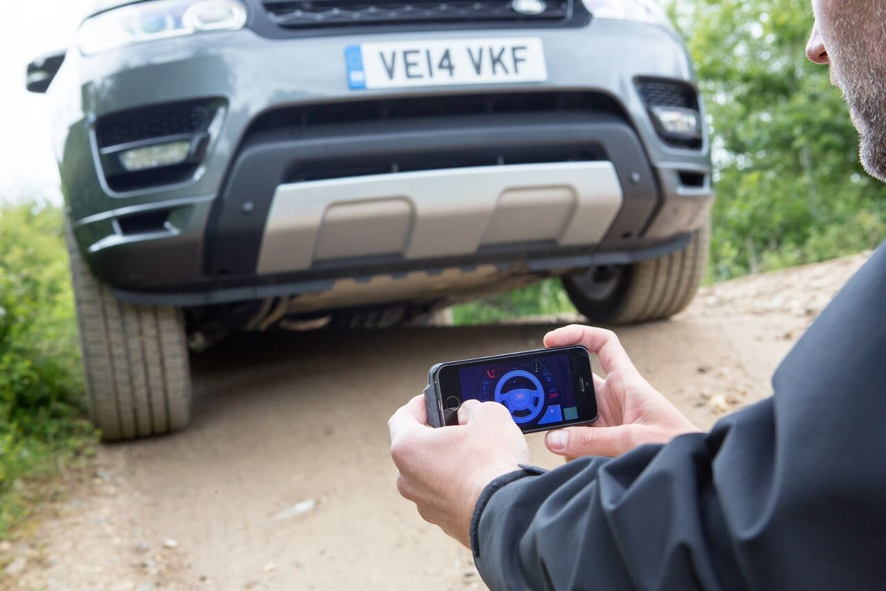 Land Rover Reveals Remote Control Range Rover