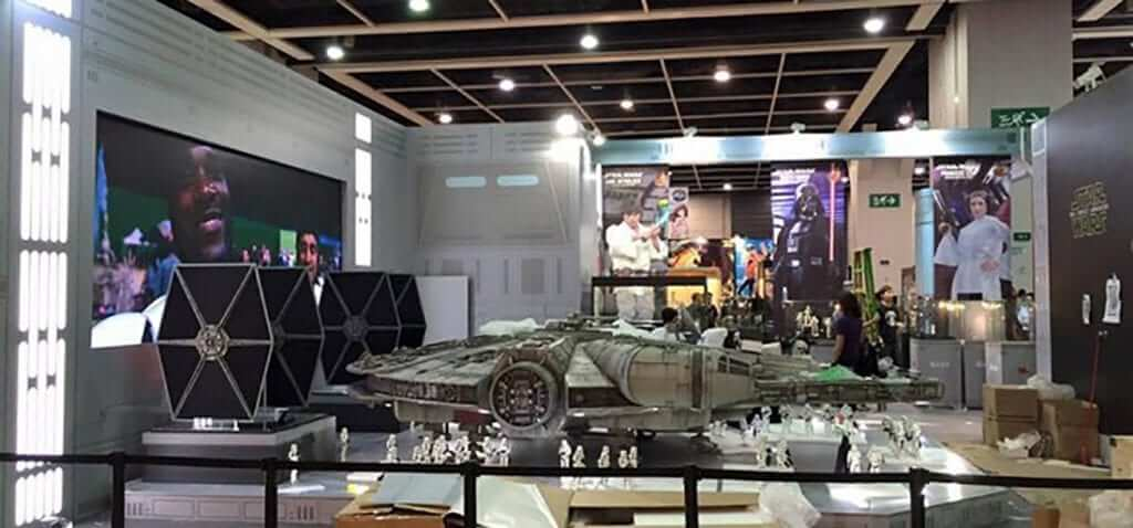 This 18-Foot Millennium Falcon Is What Every Collector Wants