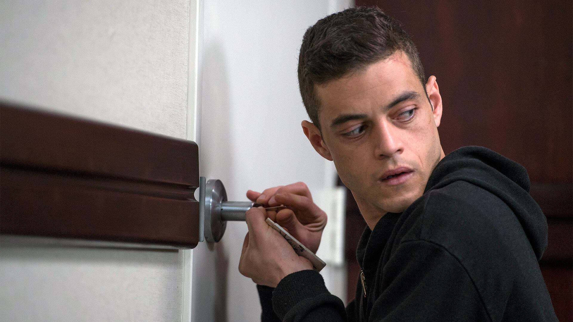"Mr. Robot ""eps1.43xpl0its.wmv"" Review"