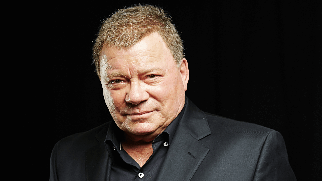William Shatner Posted X-Files Episode By Tweets
