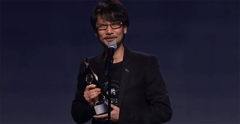 Kojima being inducted into the Hall of Fame by DICE.