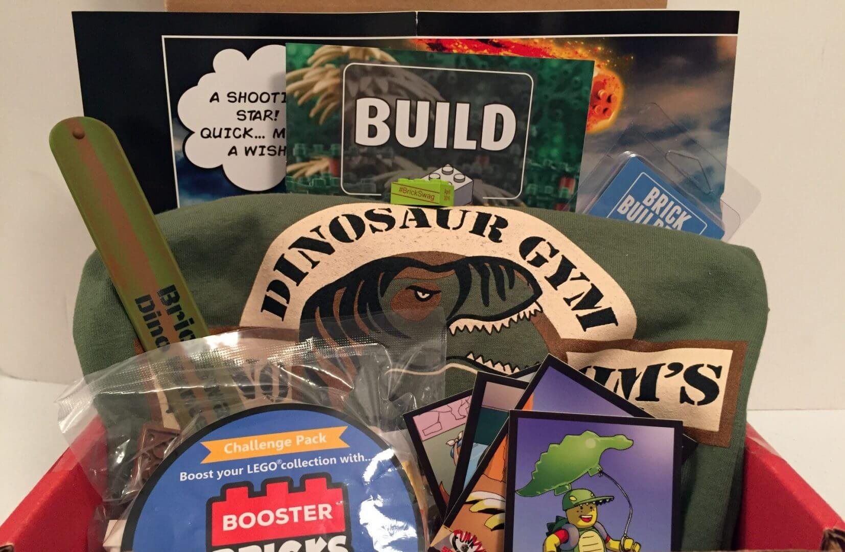 Brick Builders Club: April 2016 Review