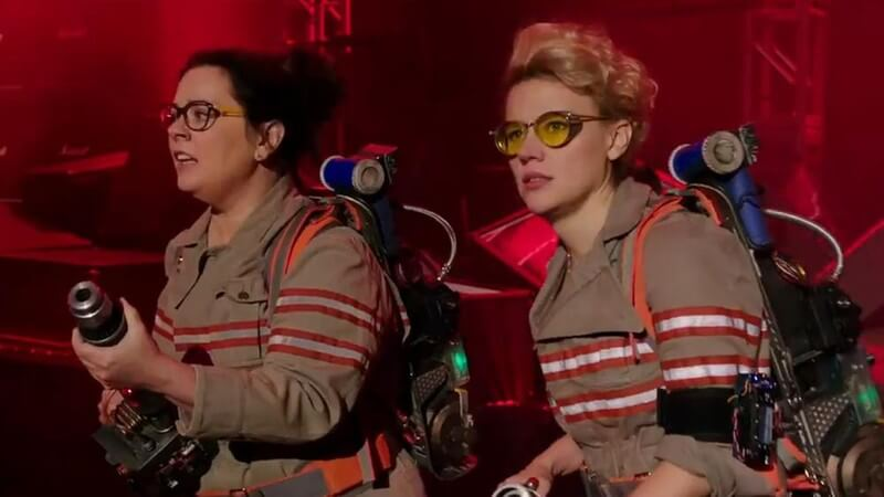 Melissa McCarthy and Kate McKinnon play 2 of the new Ghostbusters
