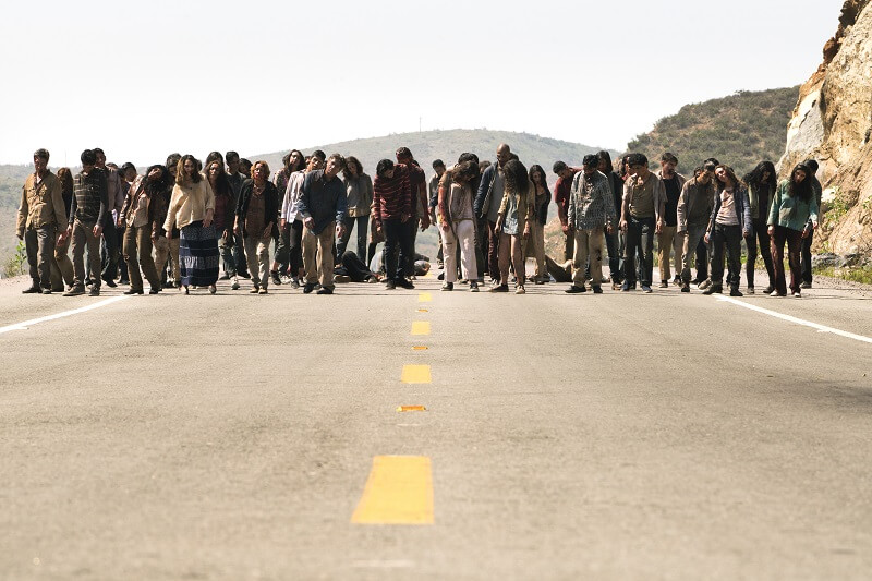 Fear the Walking Dead infected horde coming down the road