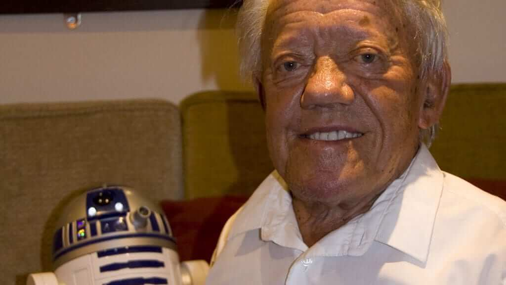 Star Wars Actor Kenny Baker Dies at 83