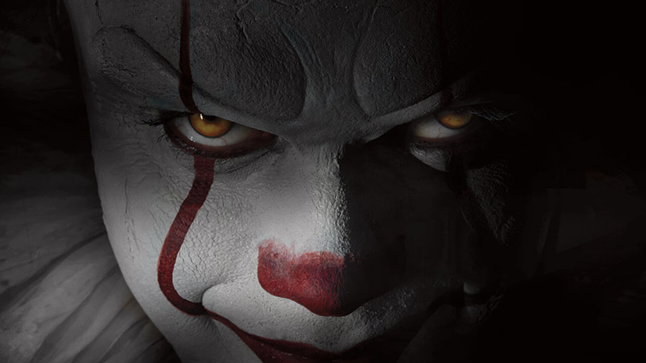 It Remake Photo Gives Us a Full Look at Pennywise