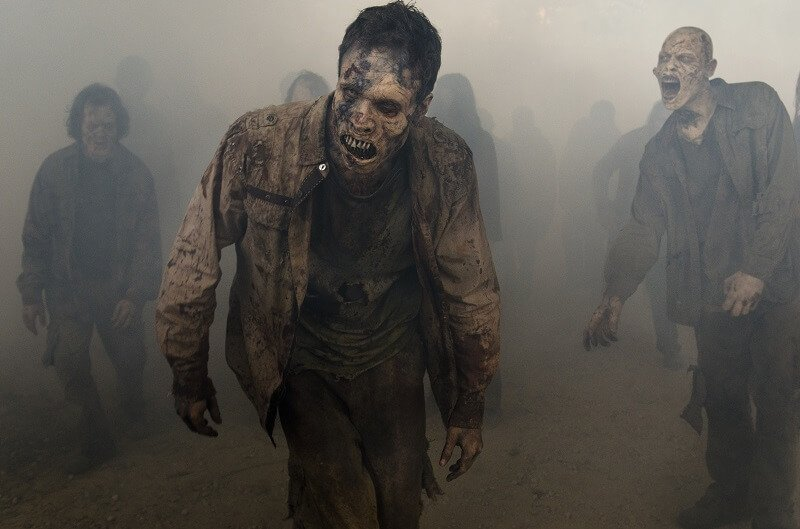 Wakers in the fog in The Walking Dead