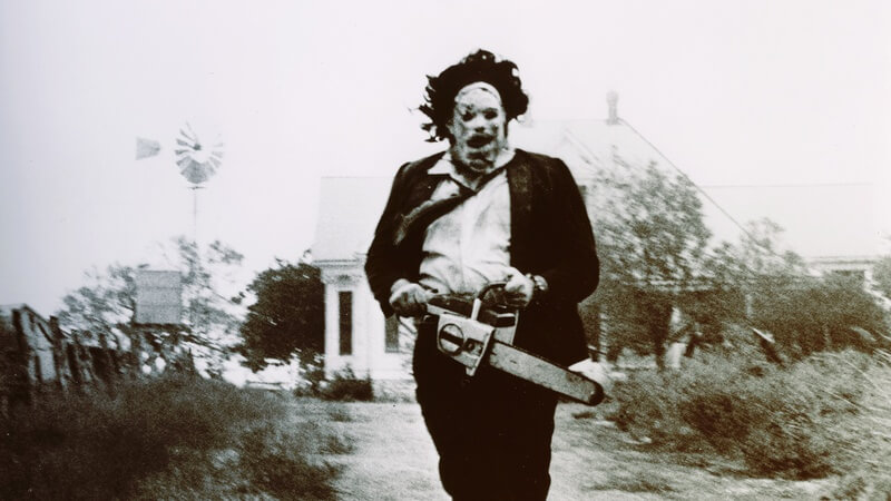 Leatherface chases you in Texas Chainsaw Massacre. Can you survive?