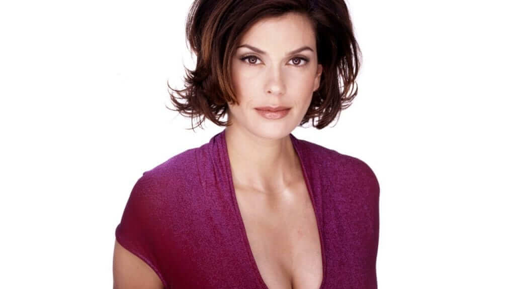 Teri Hatcher Cast in Supergirl as Mysterious Lead Villain