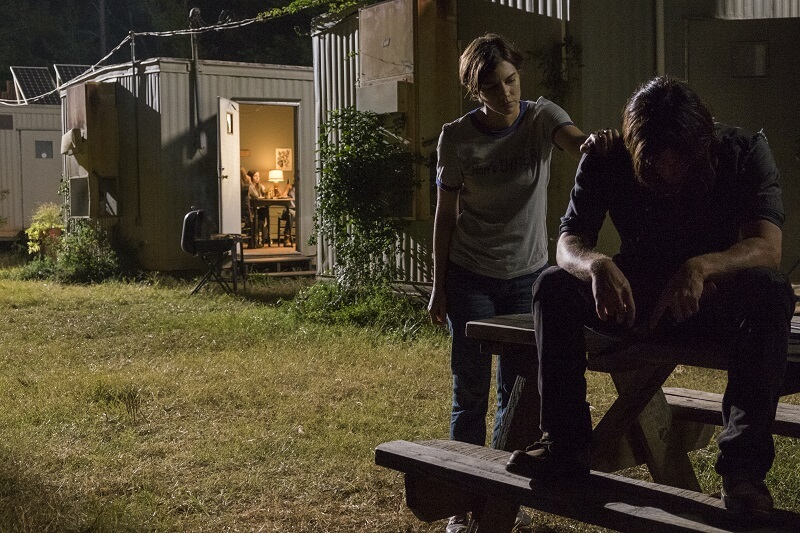 Maggie comforting Daryl at the Hilltop