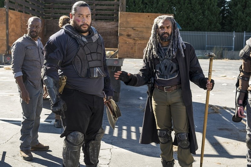 Jerry and Ezekiel on the Walking dead with Morgan in background