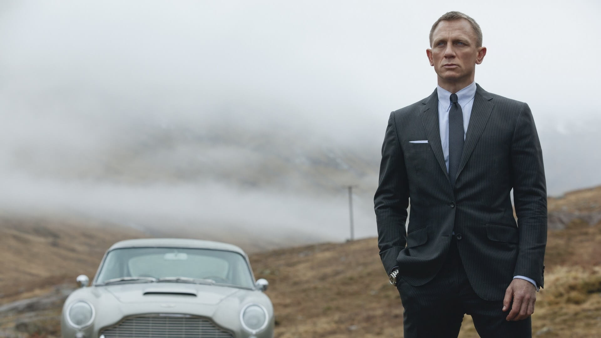 Daniel Craig Is Confirmed To Reprise His Role As 007