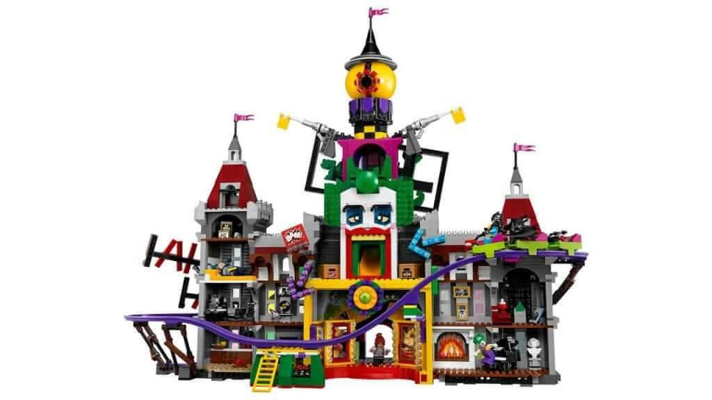 LEGO Unveil The Joker's Manor Set Inspired by The LEGO Batman Movie