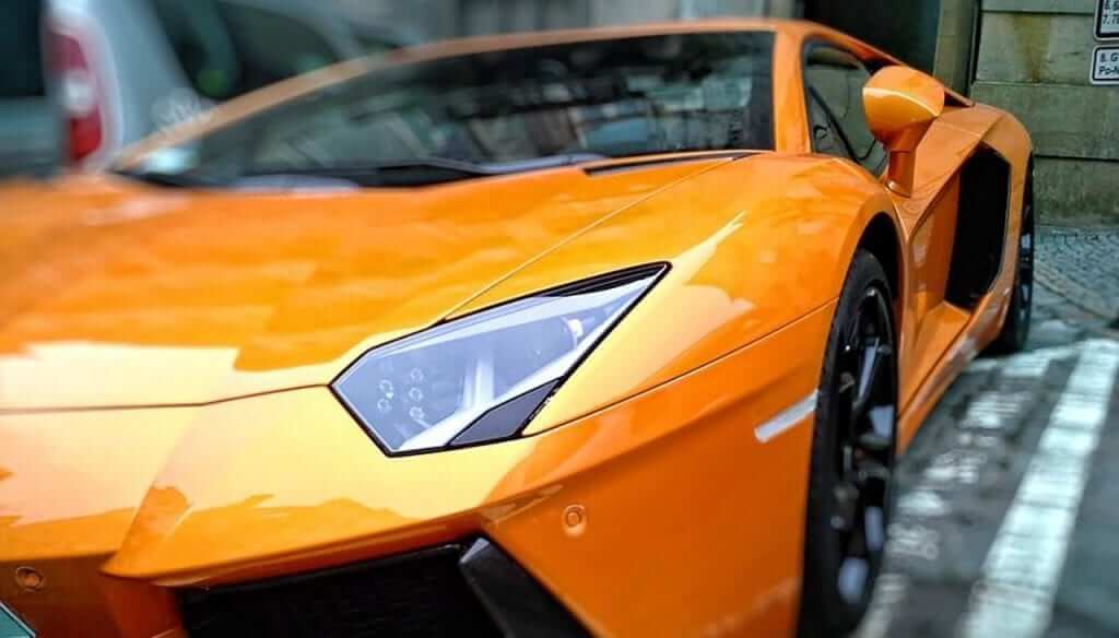Lamborghini Aventador Coupe - Tech Details You Should Know