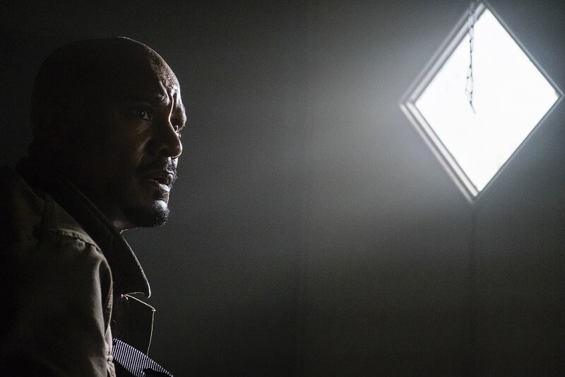 Seth Gilliam as Father Gabriel Stokes - The Walking Dead _ Season 8