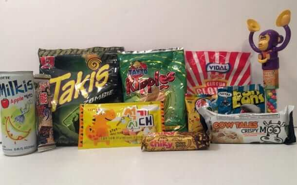 Munchpak: Monthly Snacks from Around the World - Review