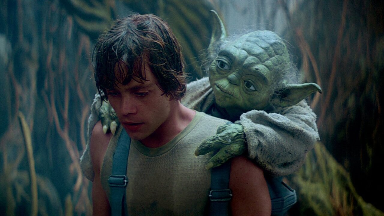 Mark Hamill Was Emotional After Seeing Yoda Puppet On Last Jedi Set