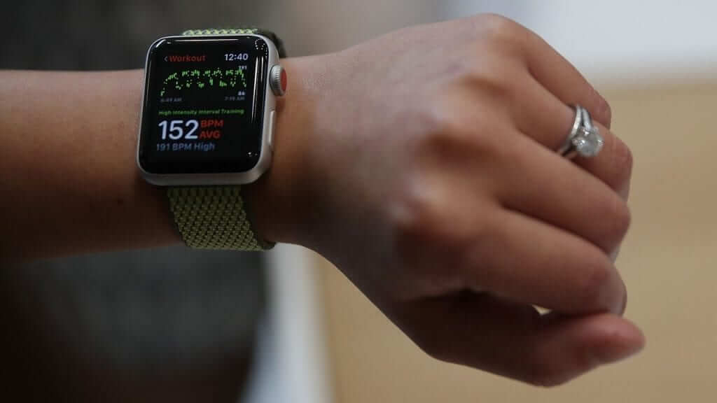 Apple Watch Heart Rate Sensor at the Center of a Possible Lawsuit