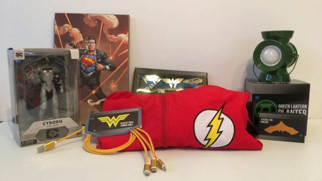 Justice League World's Finest Collection Box - Review