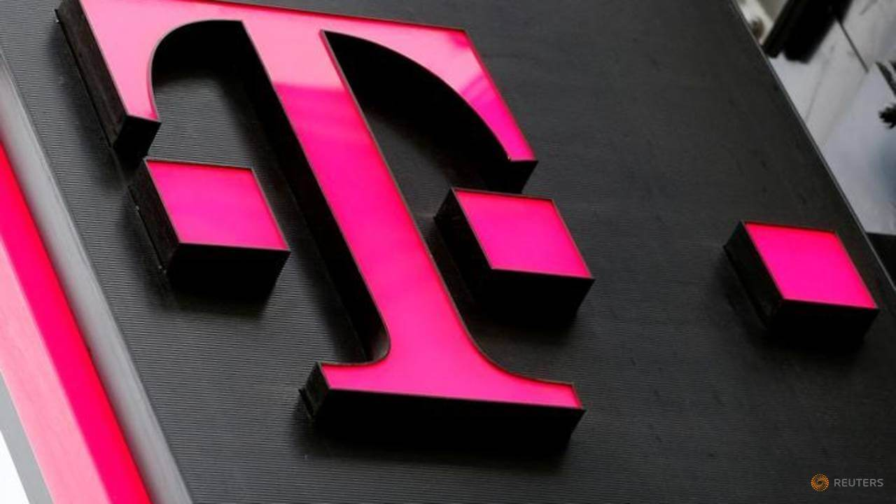 T-Mobile Go Ahead With $26bn Deal to Buy Sprint