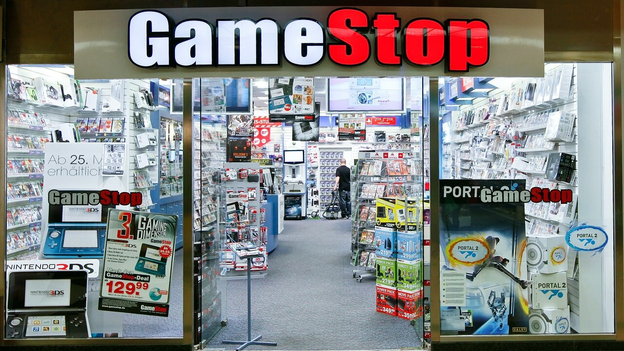 GameStop to Begin Testing Comic Book Sales
