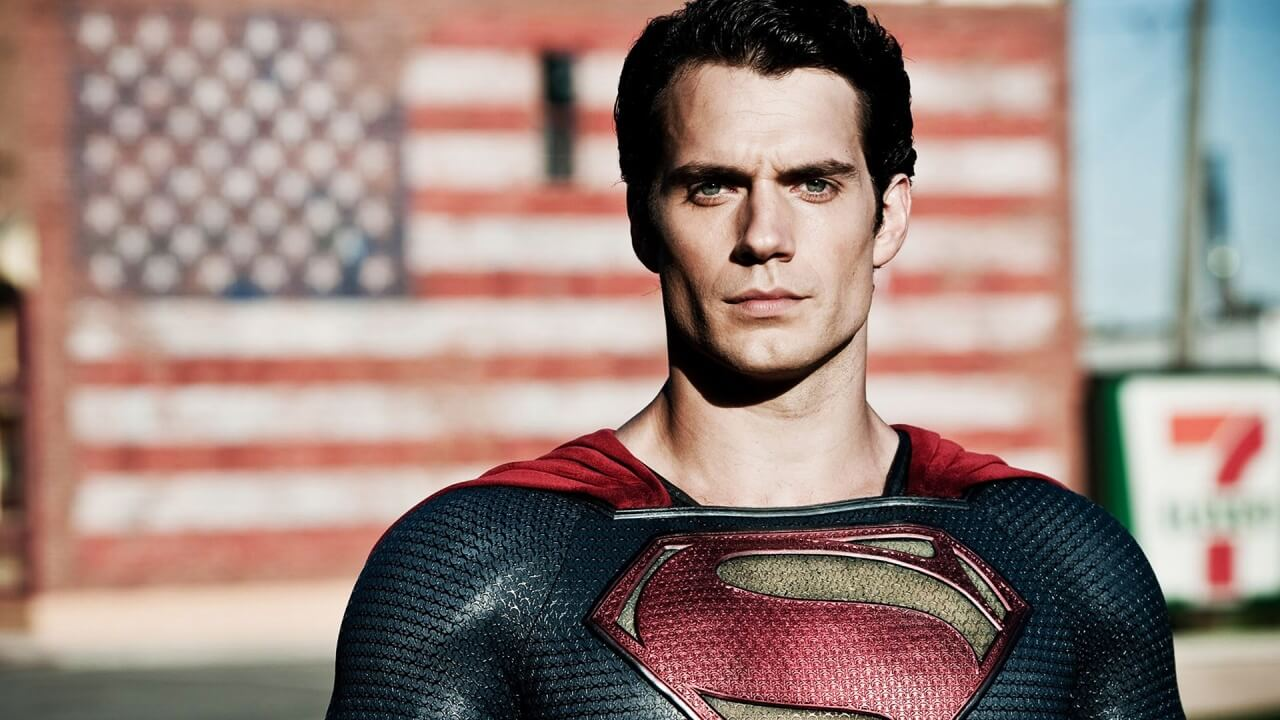 Henry Cavill: Warner Bros. Superman Drama Is 'Fake'