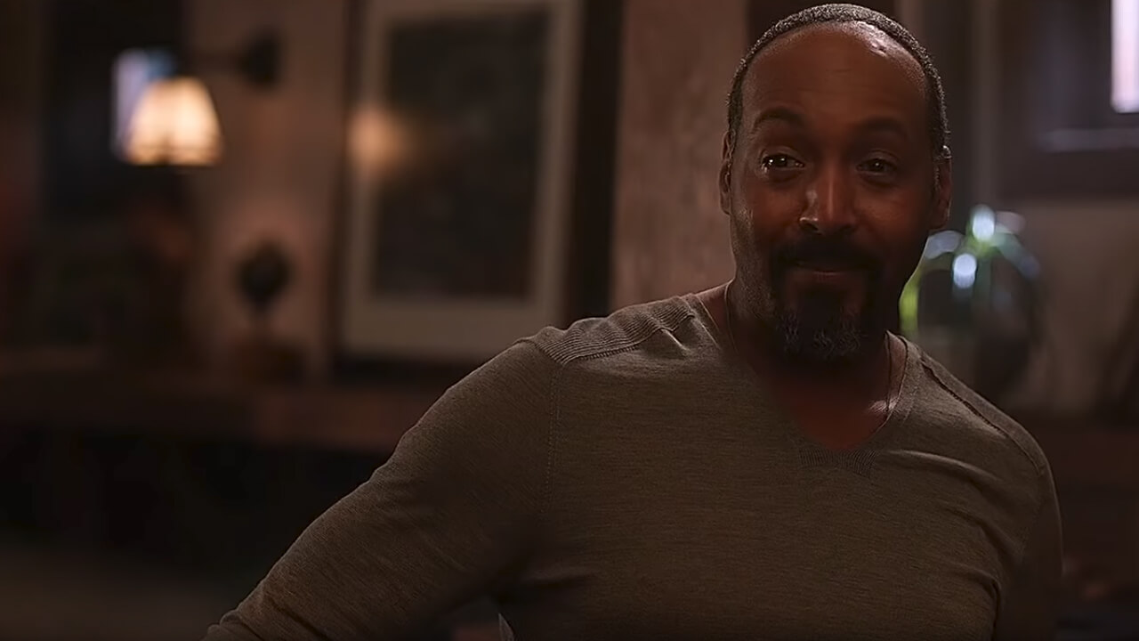 Jesse L. Martin Returns to The Flash After Medical Leave