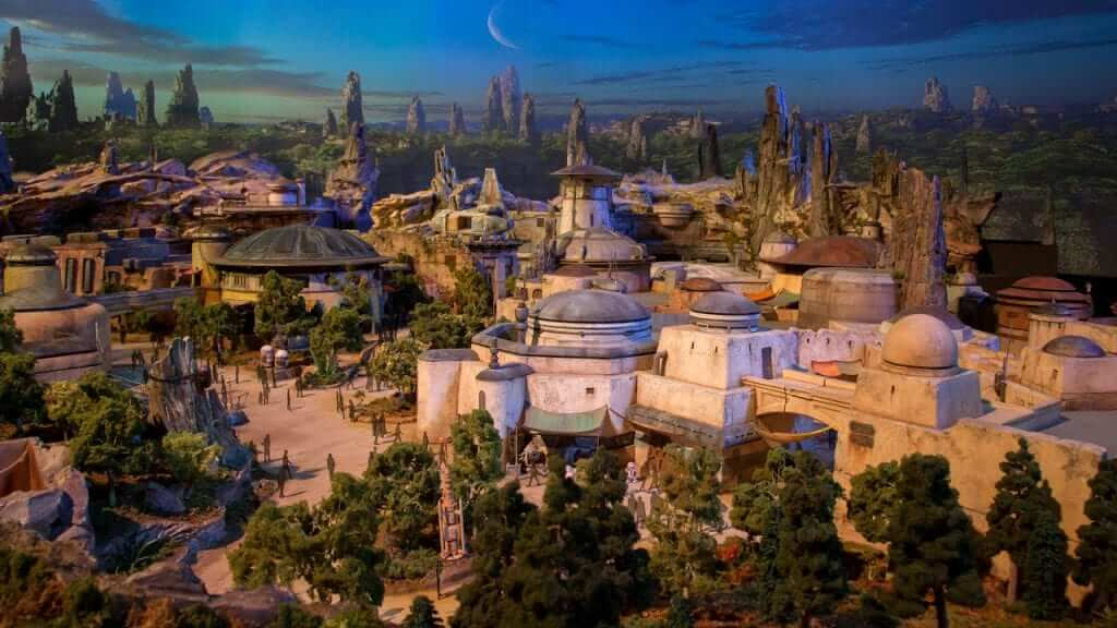 Disney's Star Wars: Galaxy's Edge to Open Sooner Than Anticipated