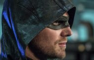 Oliver Queen's Final Suit Revealed Ahead of Arrow Season 8