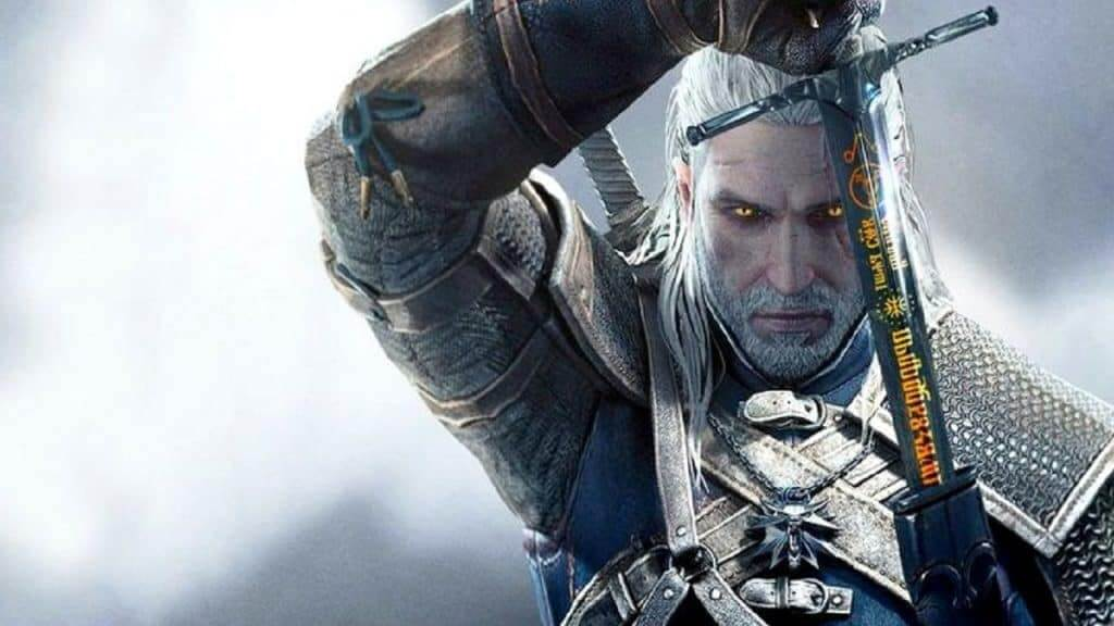 Henry Cavill Shows Off Roach From Netflix's The Witcher