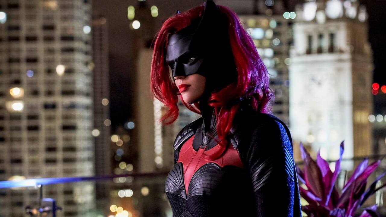 CW Renews 13 Shows Including Batwoman and Legends of Tomorrow