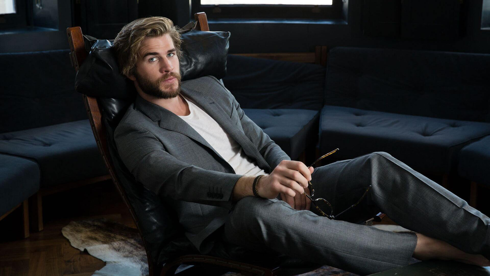 Most Dangerous Game Trailer Has Liam Hemsworth Running For His Life
