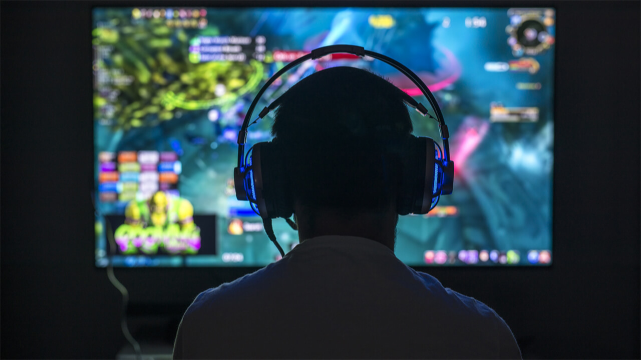 Are Gamers More Prone to Gambling?