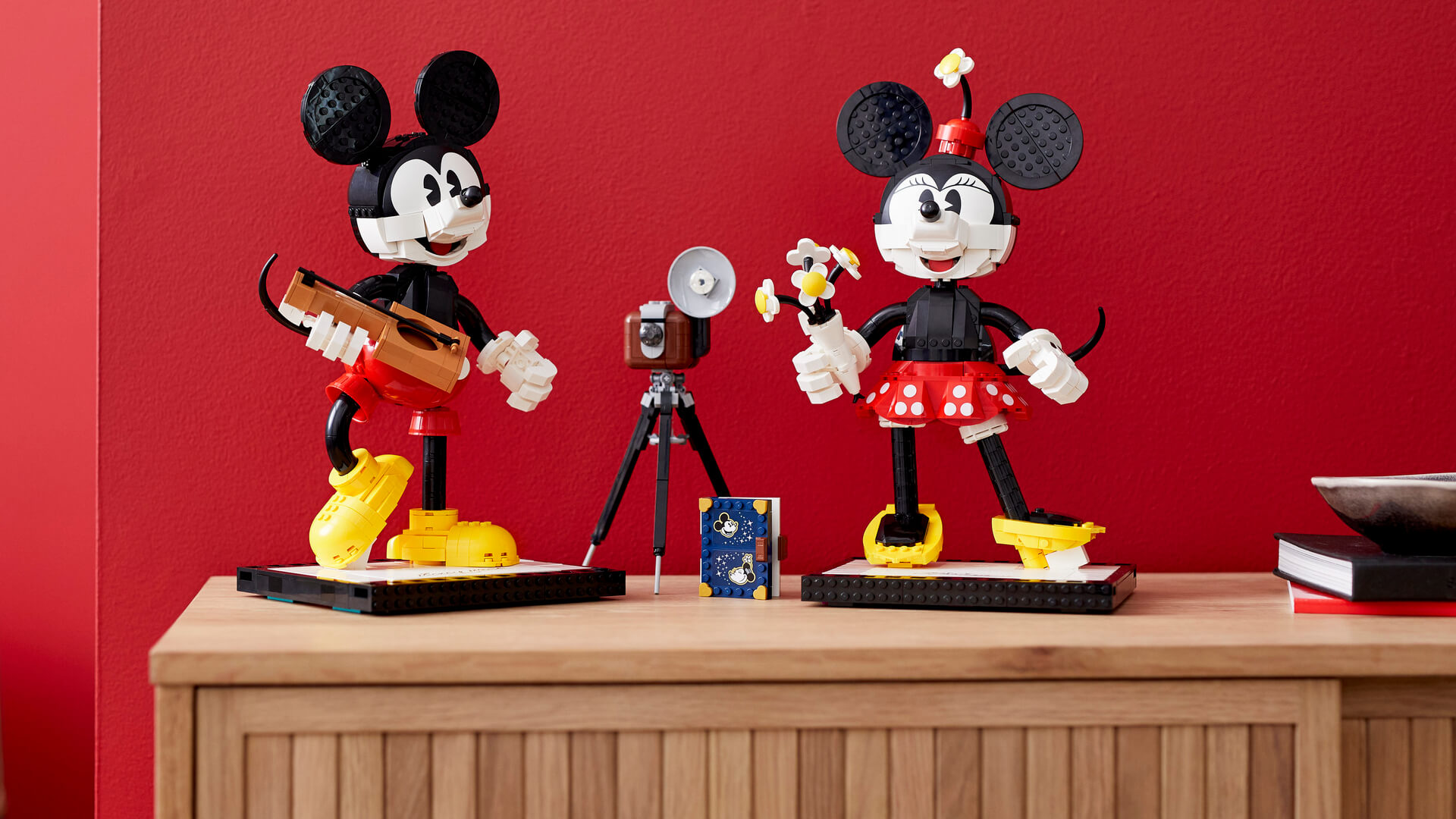 14 Inch Tall Lego Mickey And Minnie Mouse Available Soon