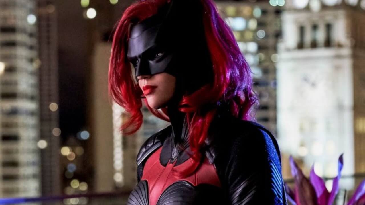 CW's Batwoman Reportedly Replacing Kate Kane With New Character