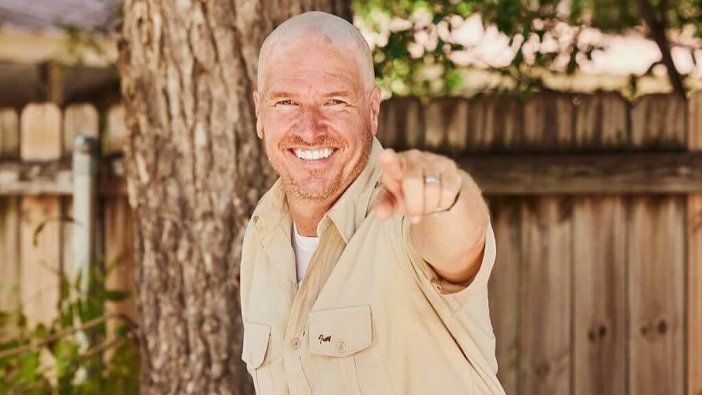 Chip Gaines Goes Bald - Raises $300k for Charity