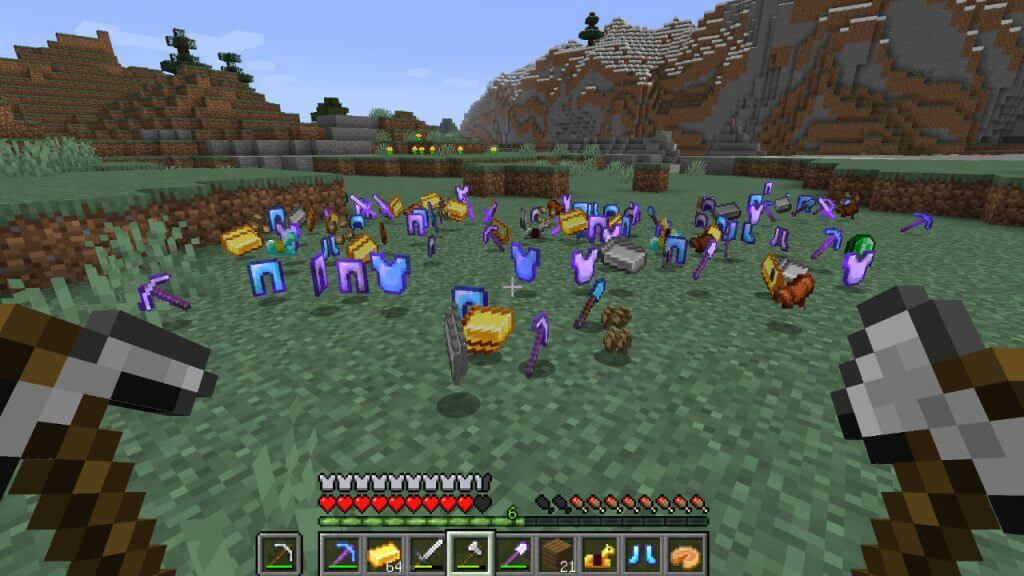 Minecraft: How Do You Keep Items After You Die?