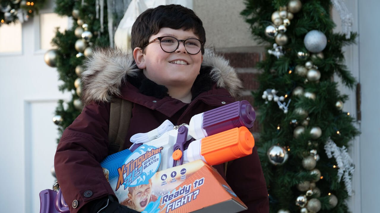 'Home Sweet Home Alone' Trailer Features a New Kid and Idiotic Burglars